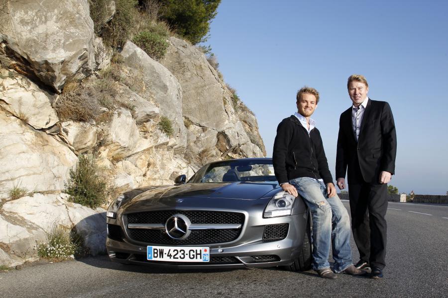 Od lewej - Nico Rosberg i Mika Häkkinen