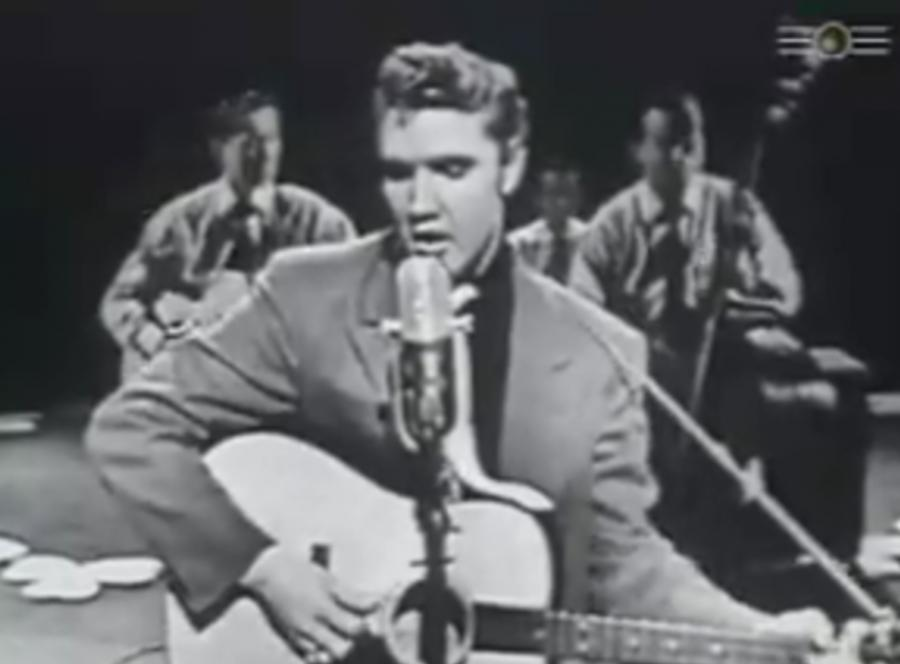 Elvis Presley śpiewa \