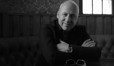 """Mark Knopfler na zdjęciach z sesji do """"Privateering"""""""