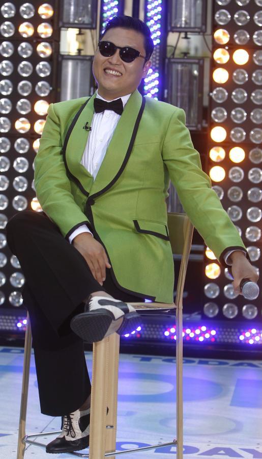 "Teledysk roku: PSY ""Gangnam Style"""