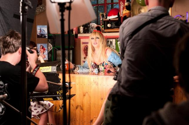 """Maryla Rodowicz na planie klipu do """"Zamiast wódkę pić"""""""
