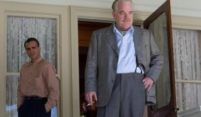 "Philip Seymour Hoffman i Joaquin Phoenix w filmie ""Mistrz"""