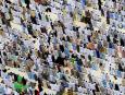 Tłumy muzułmanów w Mekce