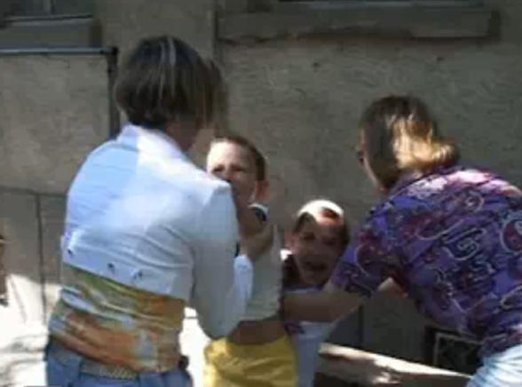 Dymisja ministra za walkę o polskie dzieci?