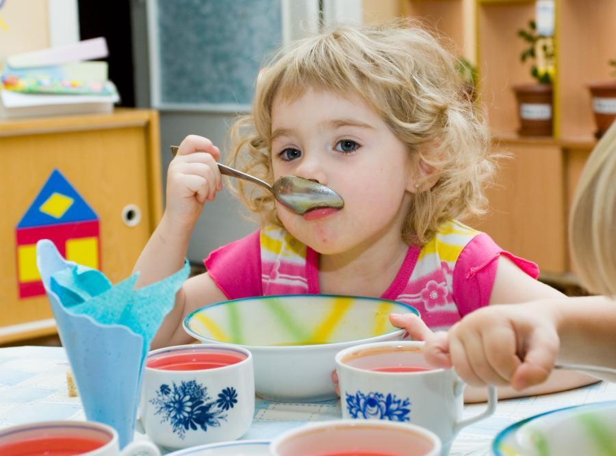 Dziecko w przedszkolu - zdjęcie ilustracyjne