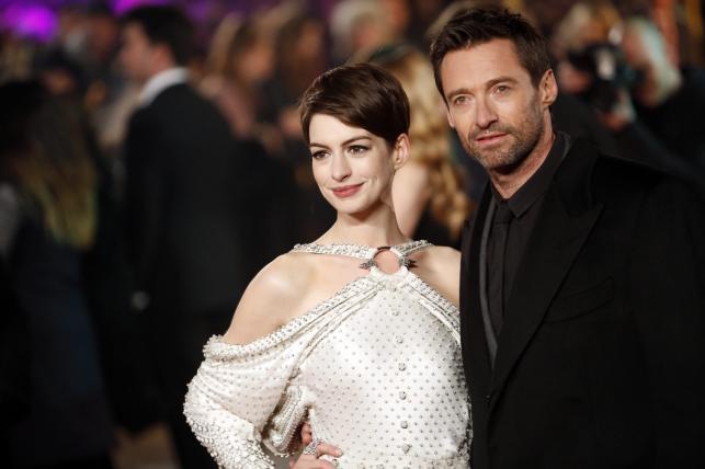 """Anne Hathaway i Hugh Jackman na premierze """"Les Misérables. Nędzników"""" w Londynie"""