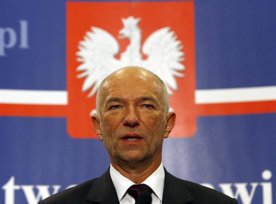 Minister sprawiedliwości Zbigniew Ćwiąkalski odpiera zarzuty o specjalne traktowanie Krauzego przez prokuraturę