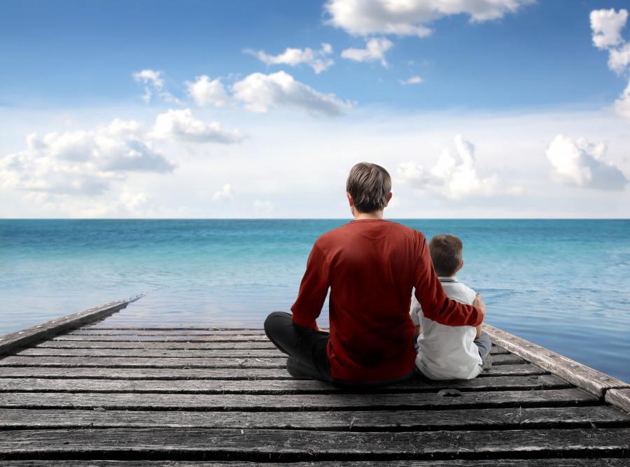Ojciec i dziecko - zdjęcie ilustracyjne