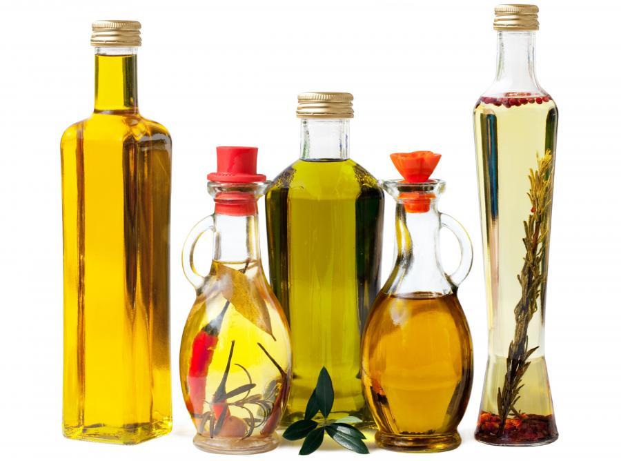 Butelki z olejem