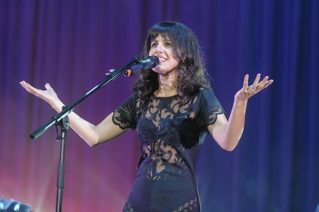 Katie Melua na charytatywnym koncercie w Sali Kongresowej