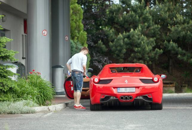 Jakub Błaszczykowski i Ferrari 458 Italia