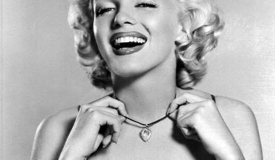 Marylin Monroe. Mężczyźni wolą blondynki. Hollywood, lata 40 XX wieku