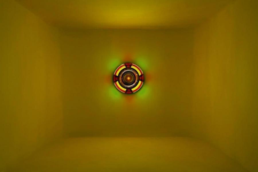 """Kim Sooja, To Breathe: Mandala, 2010, single jukebox with the artist's voice performance """"The Weaving Factory"""" 2004 Dzięki uprzejmości artystki / courtesy of the artist"""