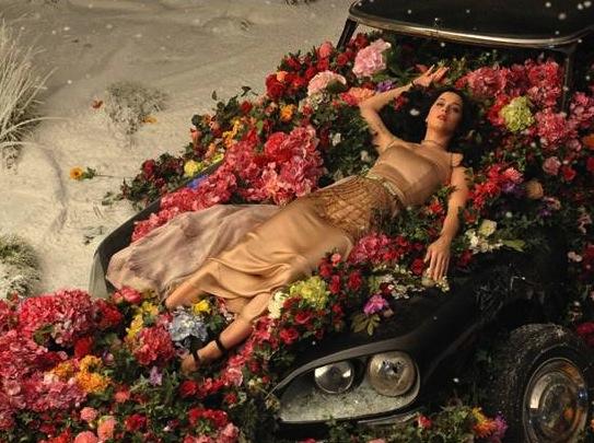 Katy Perry prezentuje \