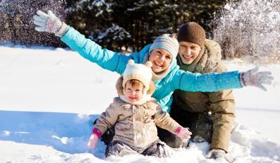 Rodzinne zabawy zimą