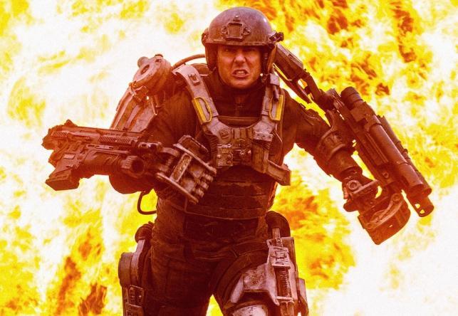 "Tom Cruise w filmie ""Na skraju jutra"""