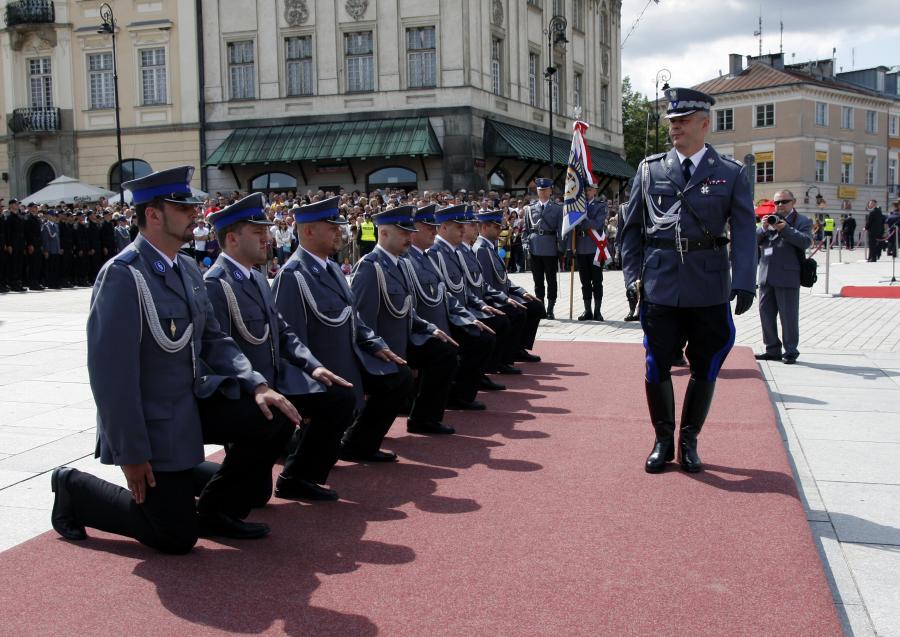 Gen. Marek Działoszyński podczas obchodów Święta Policji