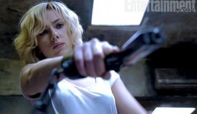 "Scarlett Johansson w nowym filmie Luca Bessona ""Lucy"" (foto: Entertainment Weekly)"