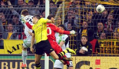 Robert Lewandowski strzelił gola... plecami