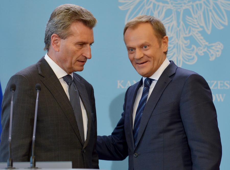 Premier Donald Tusk oraz komisarz UE ds. energii Guenther Oettinger