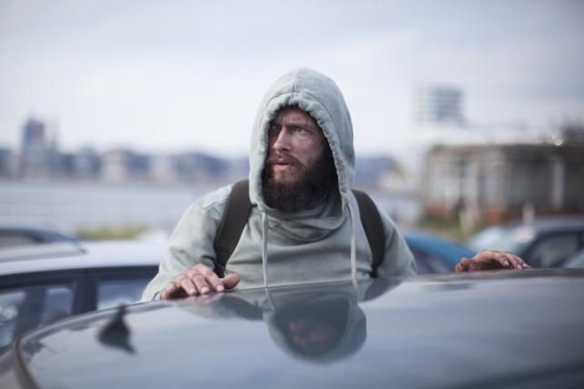 """Grigorij Dobrygin w filmie """"Bardzo poszukiwany człowiek"""""""