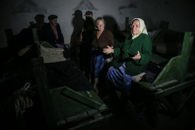 Ludzie w oblęzonym Iłowajsku żyją pod ziemią