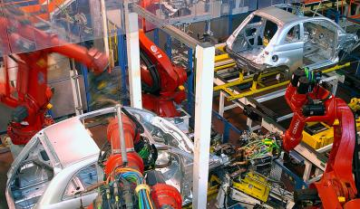 Od początku roku z taśm produkcyjnych zjechało niemal 720 tysięcy aut