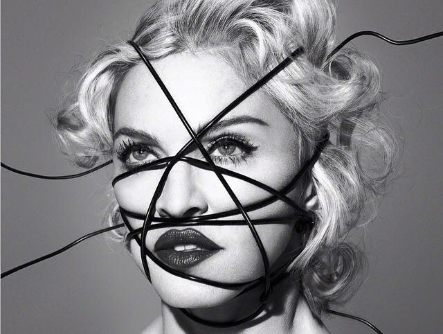 Madonna na okładce \