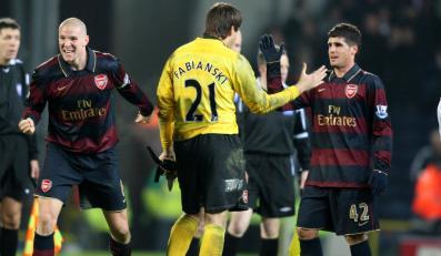 Arsenal wysunął się na szczyt angielskiej ligi