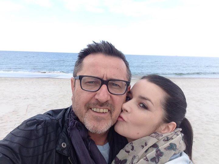 Andrzej Sołtysik z żoną w podróży poślubnej