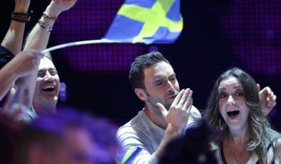 reprezentant Szwecji, Mans Zelmerloew podczas finału Eurowizji 2015