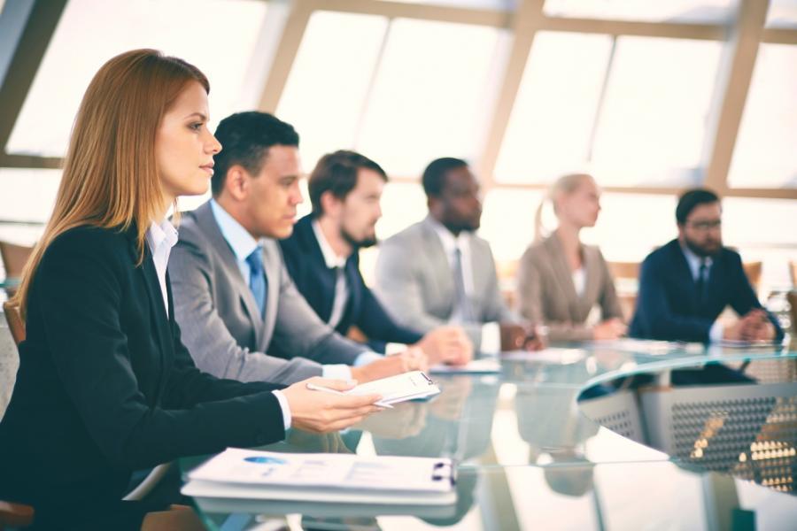 Praca w finansach – kilka kroków do sukcesu zawodowego
