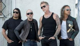 "Metallica wydaje ""Freeze 'Em All"""
