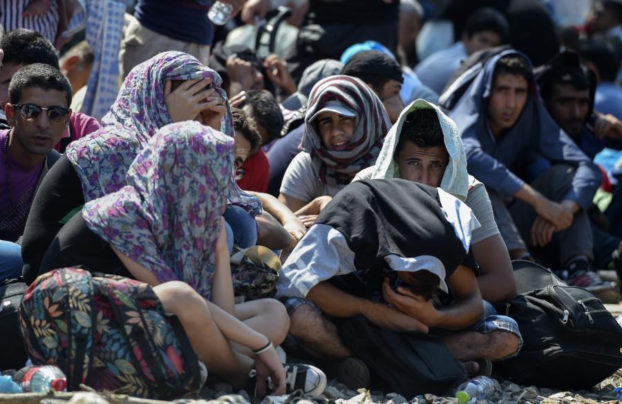 Imigranci pod granicą Grecji z Macedonią