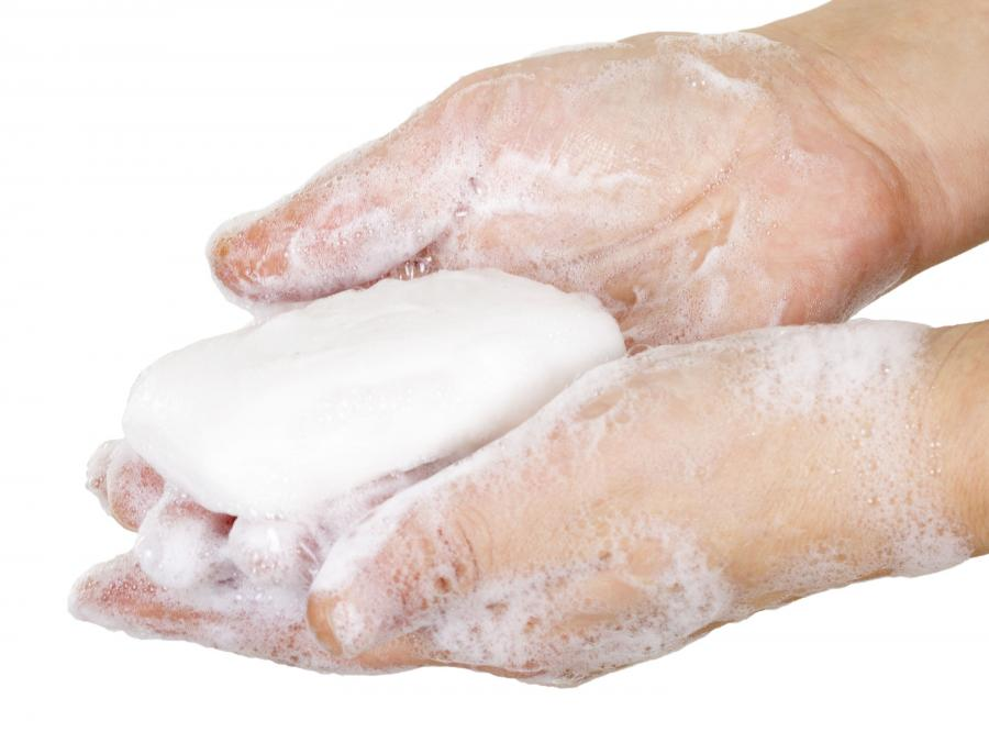 Mycie dłoni mydłem