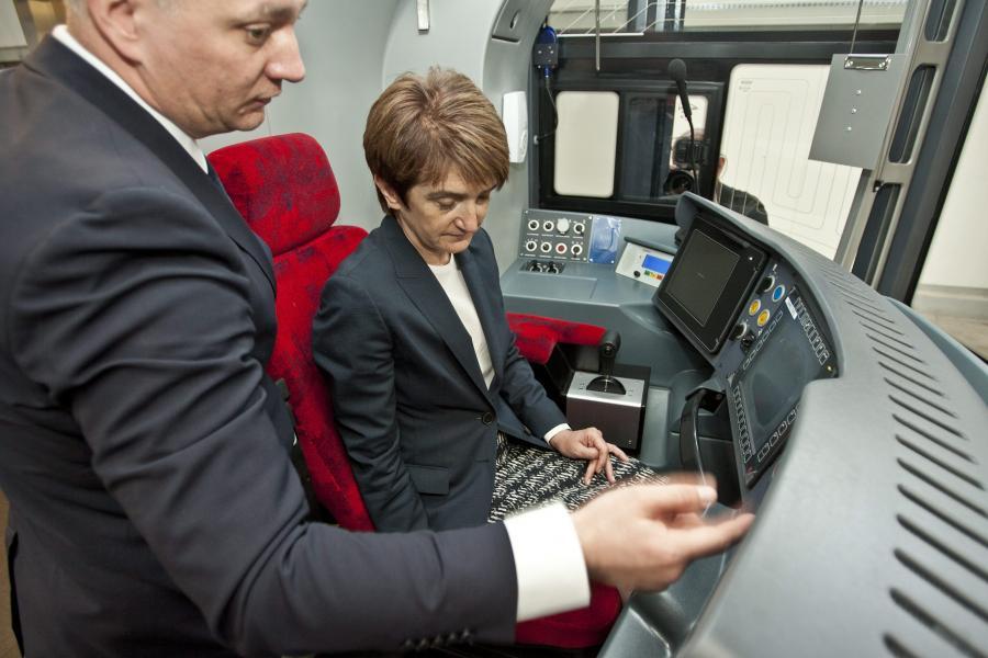 Minister infrastruktury Maria Wasiak