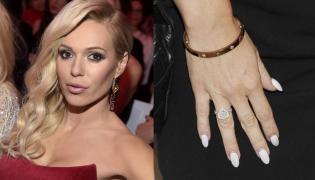 Doda i jej pierścionek zaręczynowy
