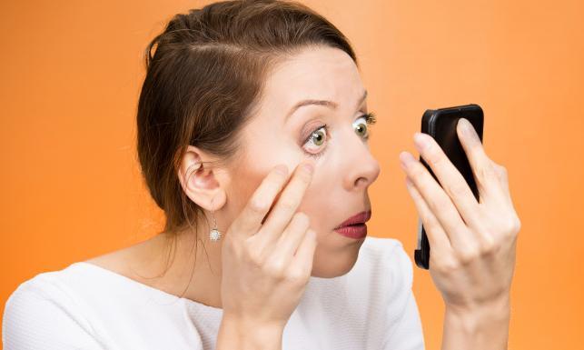 5 szkodliwych nawyków dla naszych oczu