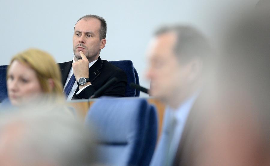 Odwołany właśnie wiceminister finansów Konrad Raczkowski