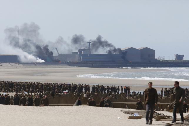 Christopher Nolan ewakuuje aliantów spod Dunkierki
