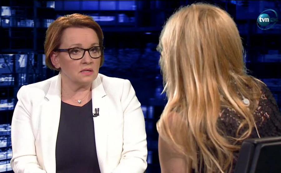 Minister edukacji Anna Zalewska w programie u Moniki Olejnik