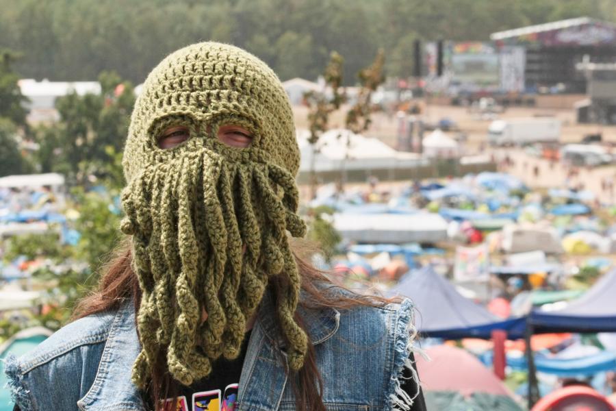 Na szczęście nie ma zakazu chodzenia z zakrytą twarzą / fot. Lech Majewski