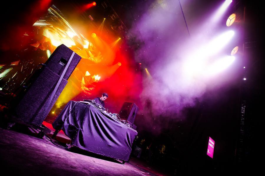 Four Tet na festiwalu Audioriver 2016 / fot. Audioriver