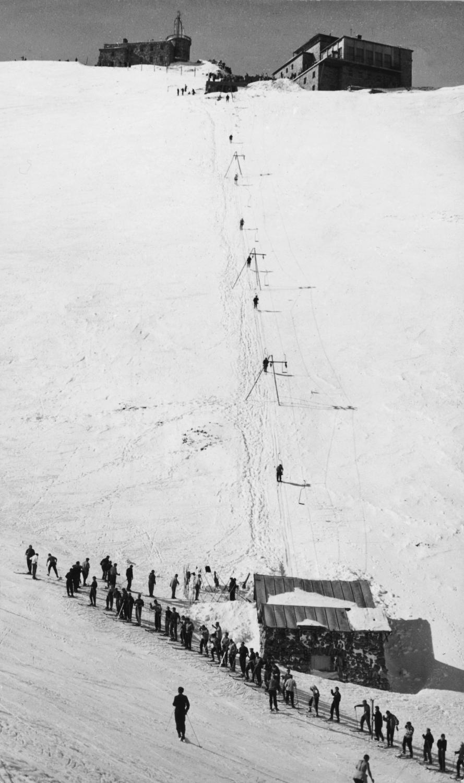 Wyciąg narciarski w Kotle Gąsienicowym / fot. ze zbiorów Muzeum Tatrzańskiego