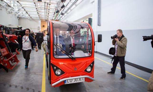 Ursus wyprodukuje pierwszy samochód. Ale Niemcy nie chcą wpuścić Polaków do siebie