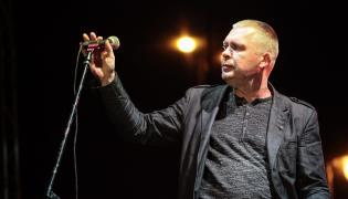 Adam Nowak, wokalista RAz, Dwa, Trzy...