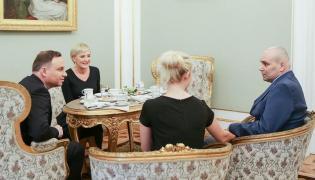 Spotkanie pary prezydenckiej z Tomaszem i Anną Kalitami