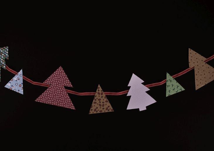 """świąteczna girlanda / ilustracja z książki """"Dorota was urządzi na Święta"""""""