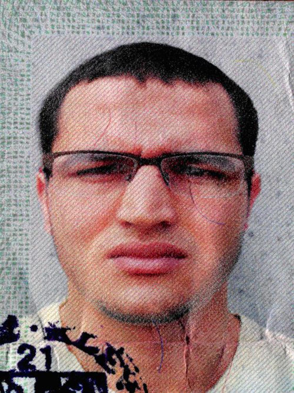 Anis Amri, poszukiwany przez policję domniemany zamachowiec z Berlina