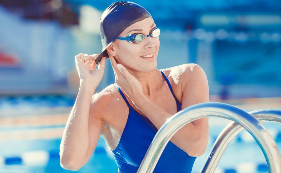 3. Soczewki kontaktowe stanowią wystarczającą ochronę dla oczu podczas kąpieli